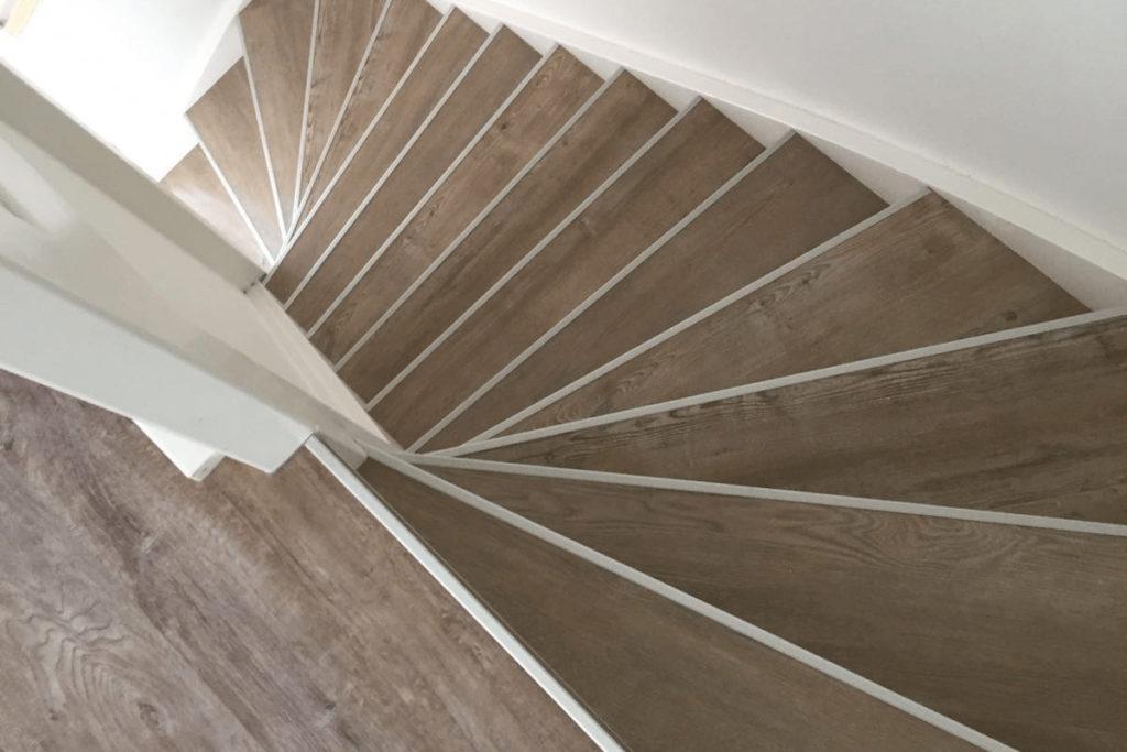 Traprenovatie met marmoleum - Vloerendirect
